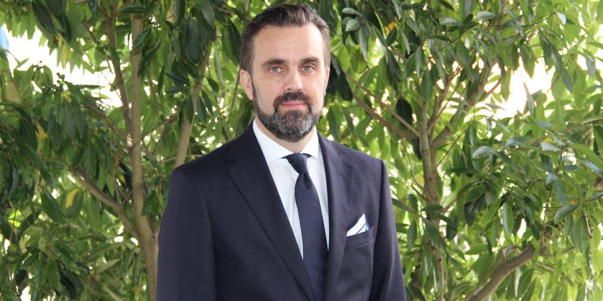 carlos_cortes_presidente_srcom